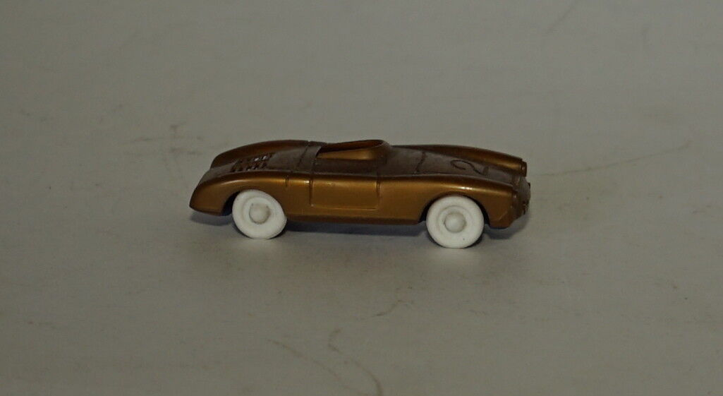 Lussbert (Italien) Gold Porsche 550 1500RS 1500RS 1500RS Spinne  2 Plastik Modell in 1 60 feb4c1