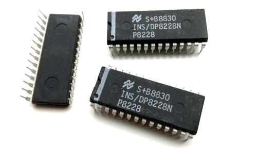 INS // DP8228N 1 pcs P8228 System Controller and Bus Driver 8228 IC