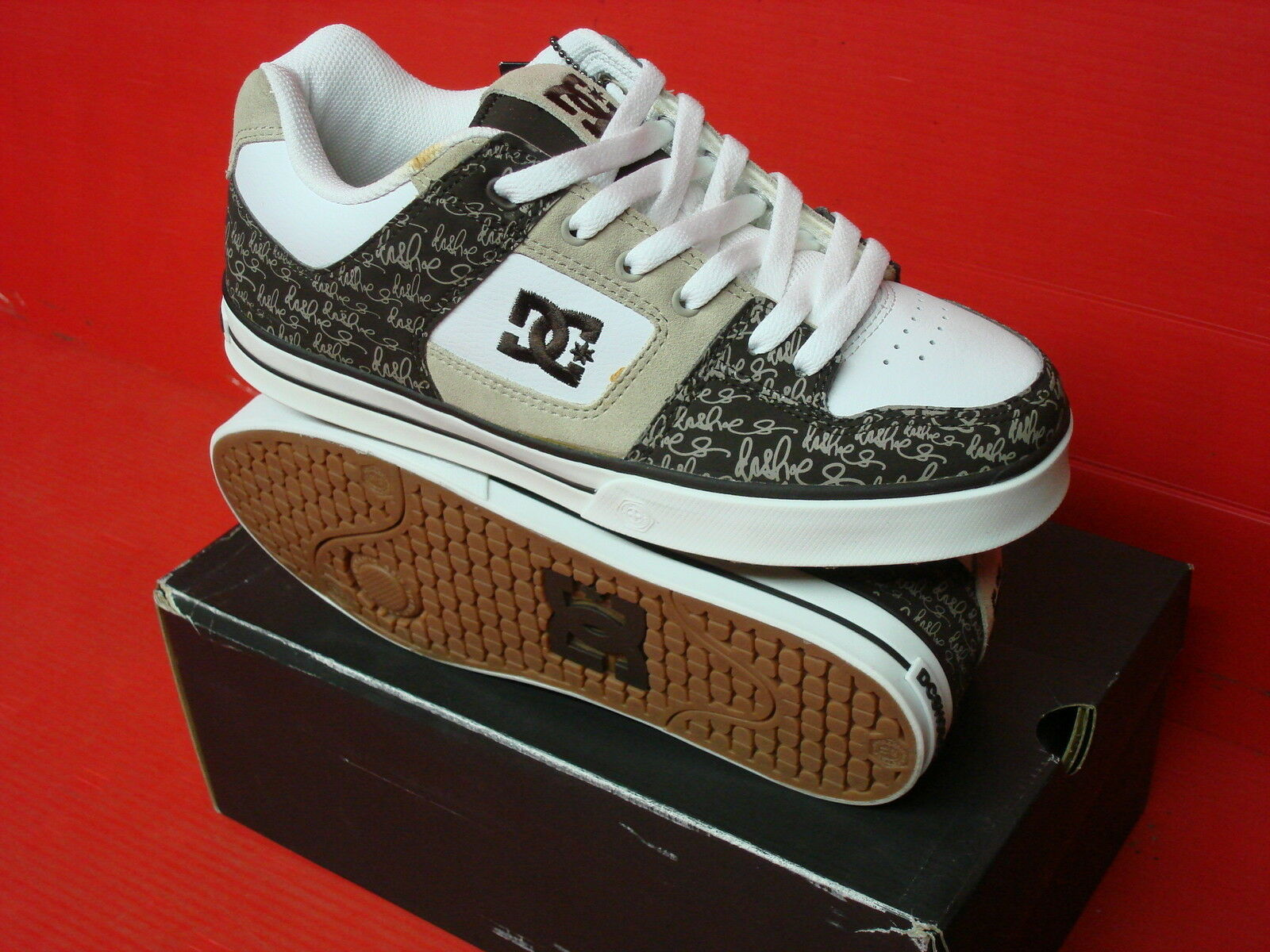 DC SHOES PURE XE MENS SKATEBOARD 301722