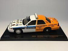FORD CROWN VICTORIA POLICE INTERCEPTOR ARLINGTON POLICE SOBER RIDE 2012 IXO 1/43