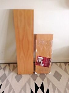 innovative design 20a31 24c12 Details about Wickes - 2 x 'Floating shelves', Beech Effect - New & Unused