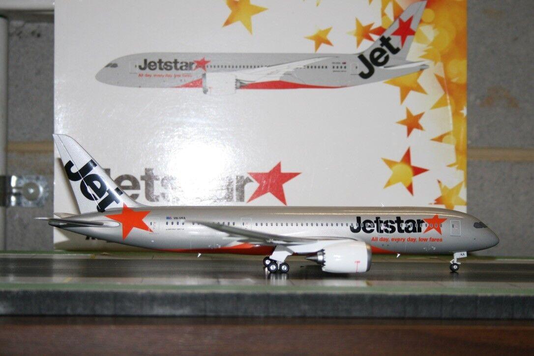 Phoenix 1 200 Jetstar Boeing 787-8 VH-VKA (PH02001) Die-Cast Model Plane