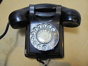 AT & E VAKELITE TELEPHONE WALL MOUNT 1940 USED WWII PERIOD