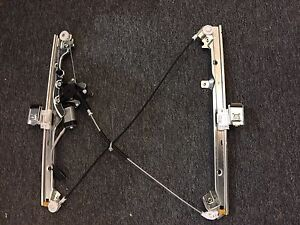 Window regulator motor power front rh pass side 2000 for 2000 silverado power window regulator