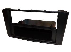 Facade-cadre-reducteur-adaptateur-cache-autoradio-pour-Toyota-Avensis