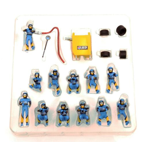 1//43 Scene Puppet Figure Race Car Repair Station Tire Changing Worker Doll Model