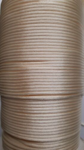 Crema 10m muy fuerte Abalorios Cable 2mm ~ ~ Estilo Shamballa Kumihimo Cola De Rata ~ Reino Unido