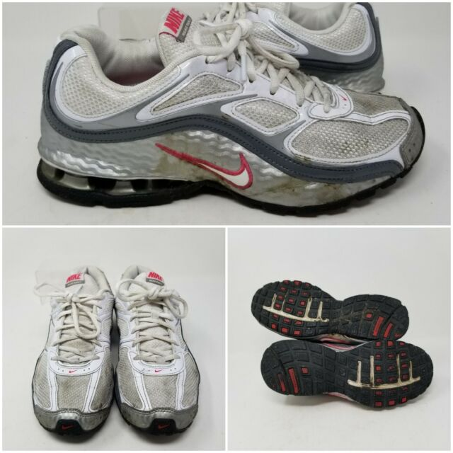 Nike Reax 5 Silver White Athletic Running Tennis Shoes Sneaker Women's Size 8.5