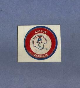 1971-RARE-NFL-Vintage-BOSTON-PATRIOTS-Chiquita-Banana-football-helmet-Sticker-1