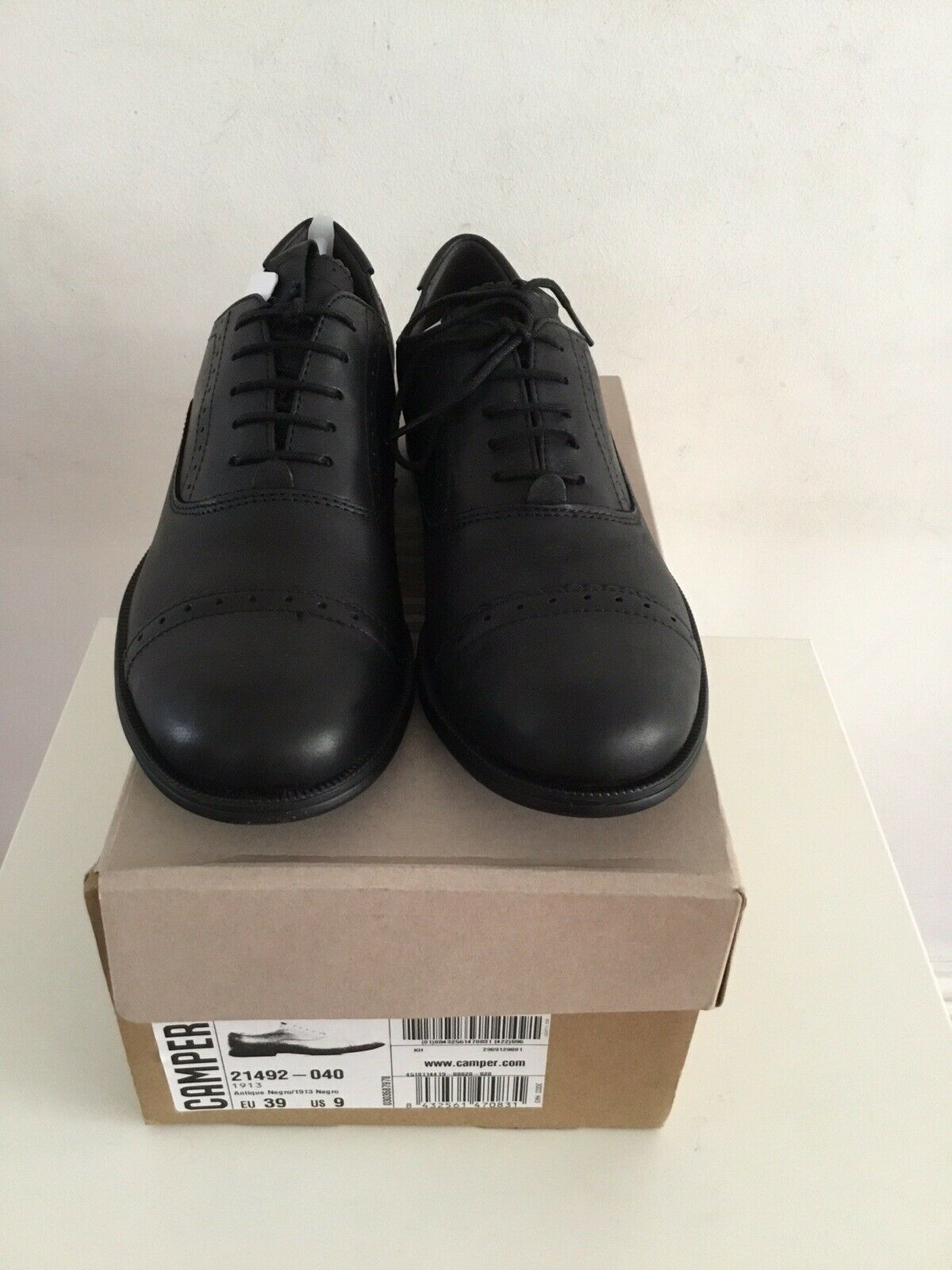 NEW IN BOX CAMPER MIL schwarz 100% LEATHER BROGUES LACE-UPS FLATS schuhe 6 39