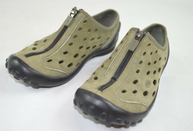 28087d625898 Privo Clarks Zip Shoes Womens Size 5 1 2 Green Perforated Leather Slip On  Shoes