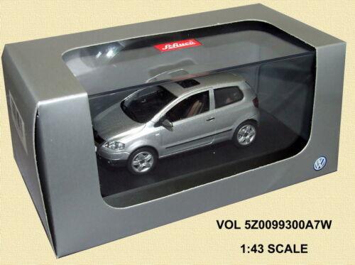 brandhints.com Schuco 5Z0099300A7W Dealer Model VW Fox Silver 1/43 ...
