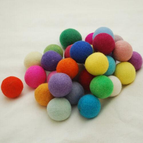 100/% laine-fait main 4cm-assorted light /& couleurs vives 30 felt balls