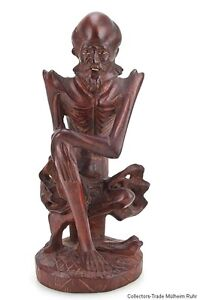 China 20. Jh. Holzfigur -A Chinese Carved Wood Figure of an Arhat Cinese Chinois