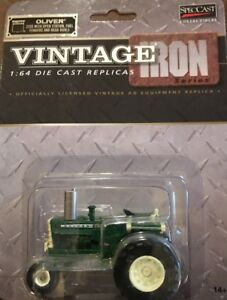 SpecCast-1-64-Die-Cast-Farm-Toy-Oliver-2255-Tractor