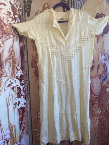 Vintage 1930s 1940s Betsy Brown Linen Dress Volup