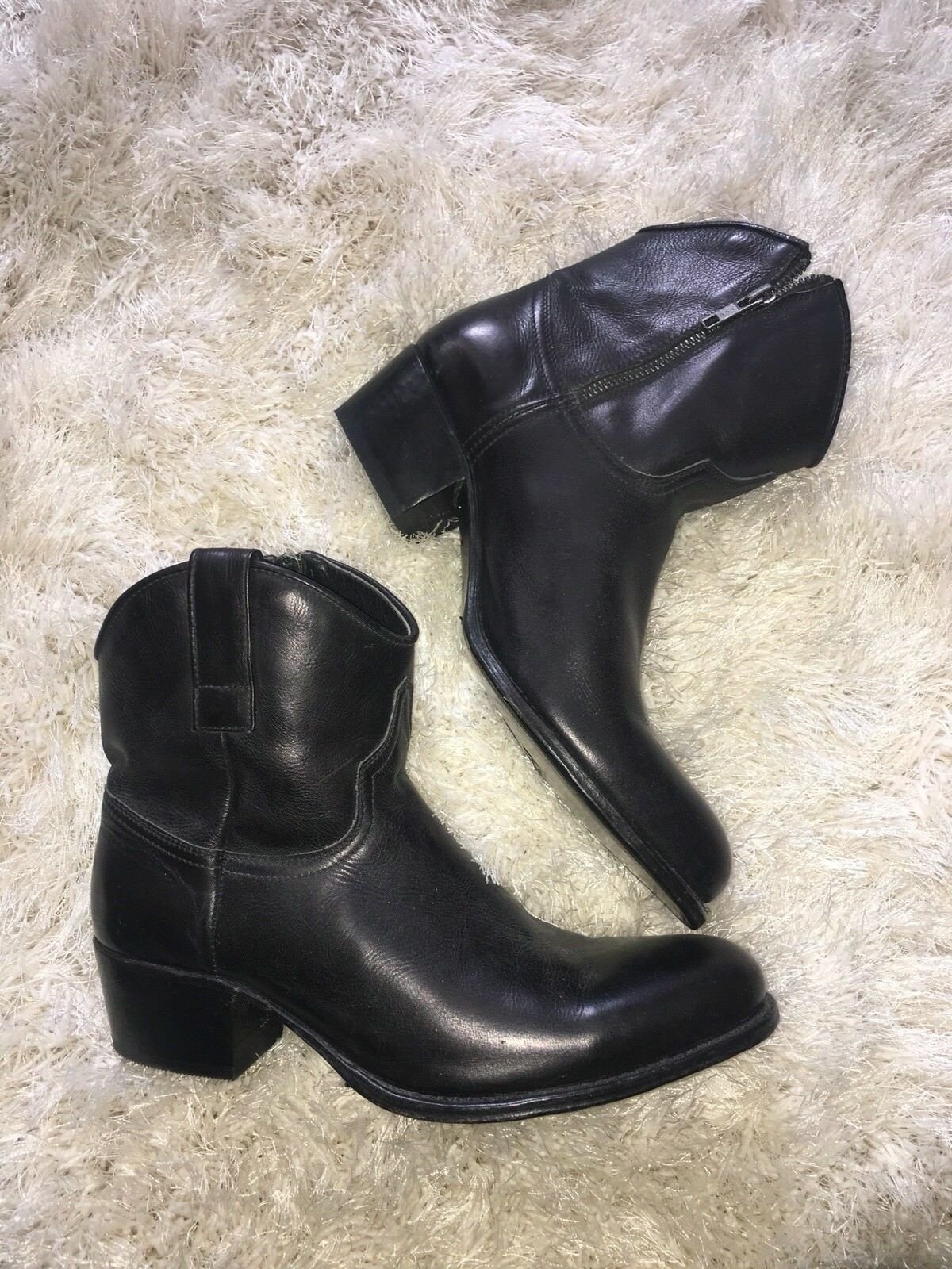 NWOB $350+ FRYE BLACK LEATHER COWBOY BOOTS w/ SIDE ZIPPER 9 - NO RESERVE!!