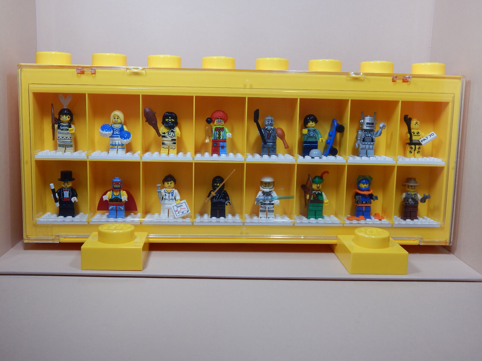 Lego 8683 Komplett-Satz  Minifiguren  Serie 1 + 1 Vitrine