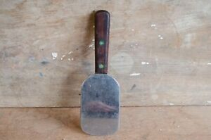 Vintage-The-Clyde-Cutlery-Co-Stainless-Spatula-flipper-W-Wood-Handle