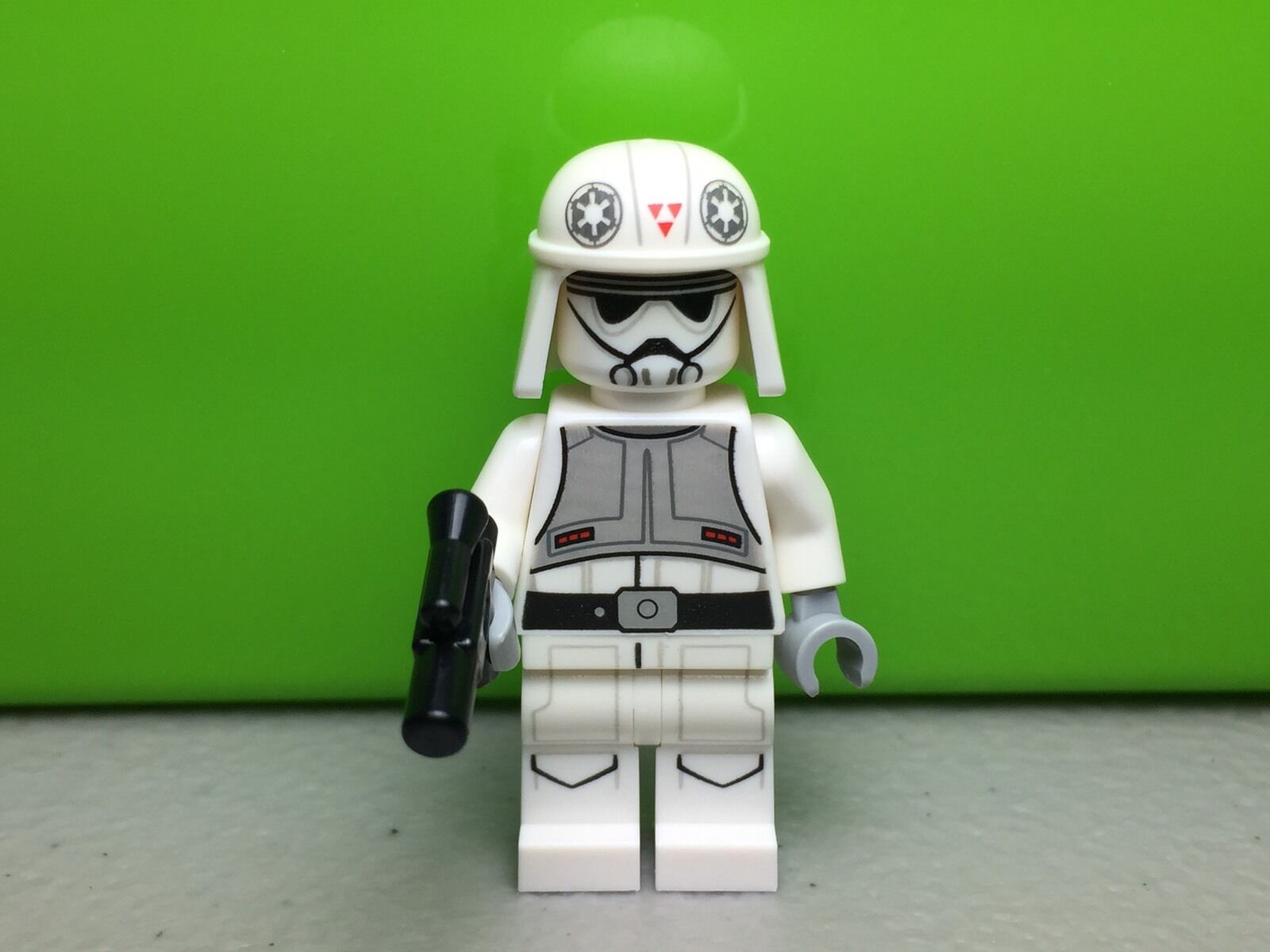 LEGO STAR WARS ORIGINAL MINIFIGURE MINIFIGURA AT-DP PILOT SET 75083