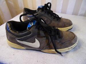 21d3fdbe3 Nike Skeet Men s Skateboard Athletic Sports Shoes Sneakers Gray ...