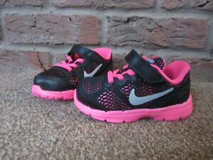 6ff8cd0732603 NEW UK 5.5 Toddler Girls Nike Trainers Bright Pink Black Stretch ...