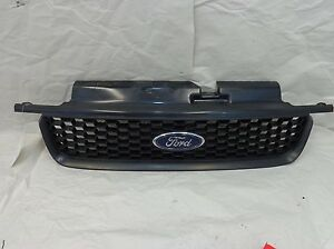 Ford Escape Grille Assembly OEM 01 02 03 04