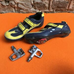 Specialized-Cycling-Shoes-Size-44-with-R4-Pedals-and-cleats