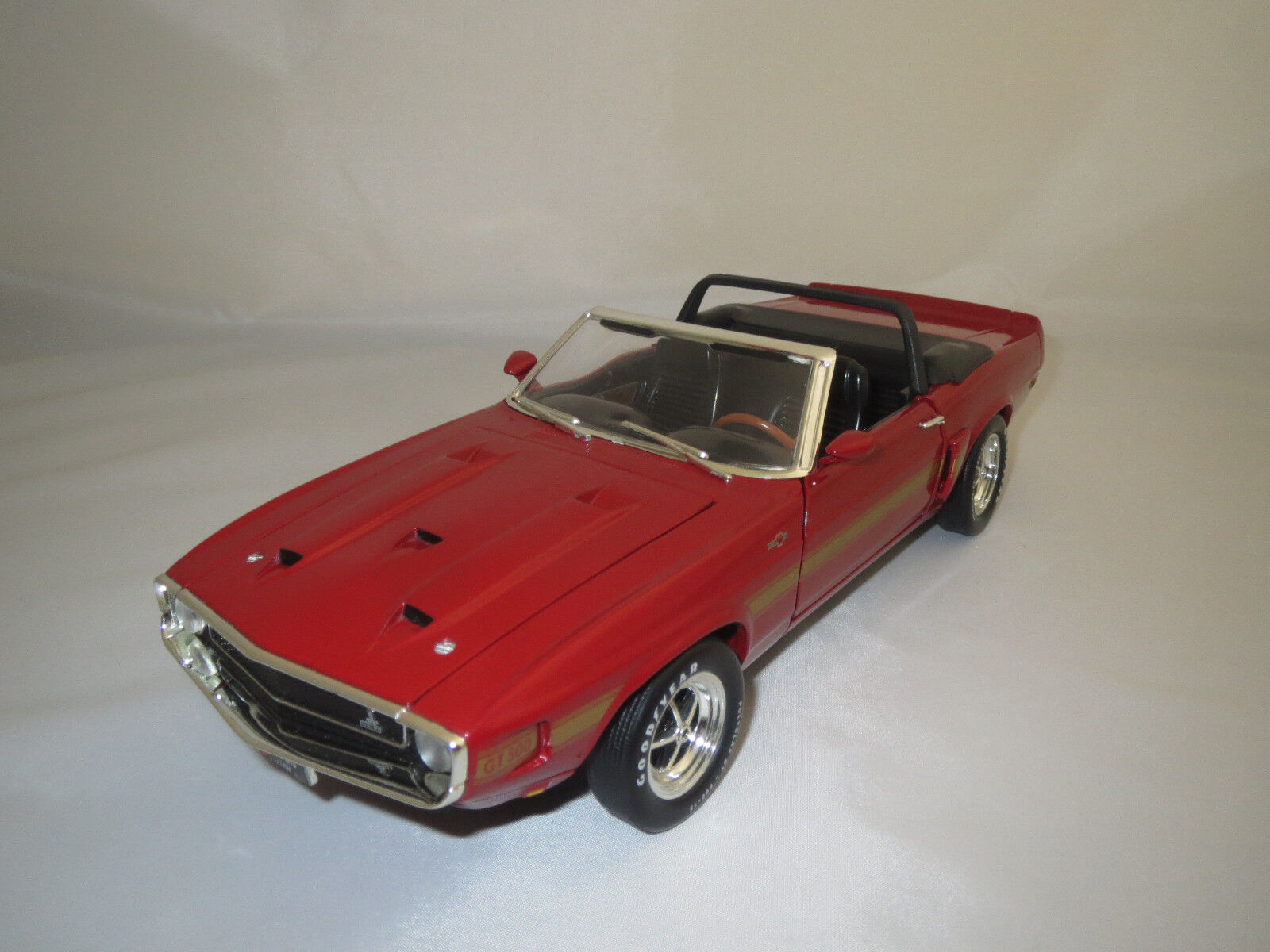 varie dimensioni ERTL American Muscle  1969  Shelby gt-500    ROSSO oro  1 18 senza imbtuttiaggio   negozio a basso costo