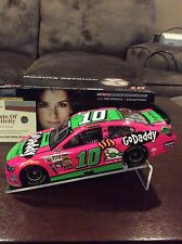 2014 DANICA PATRICK GO DADDY PINK AUTOGRAPHED SIGNED 1/24 ACTION w COA
