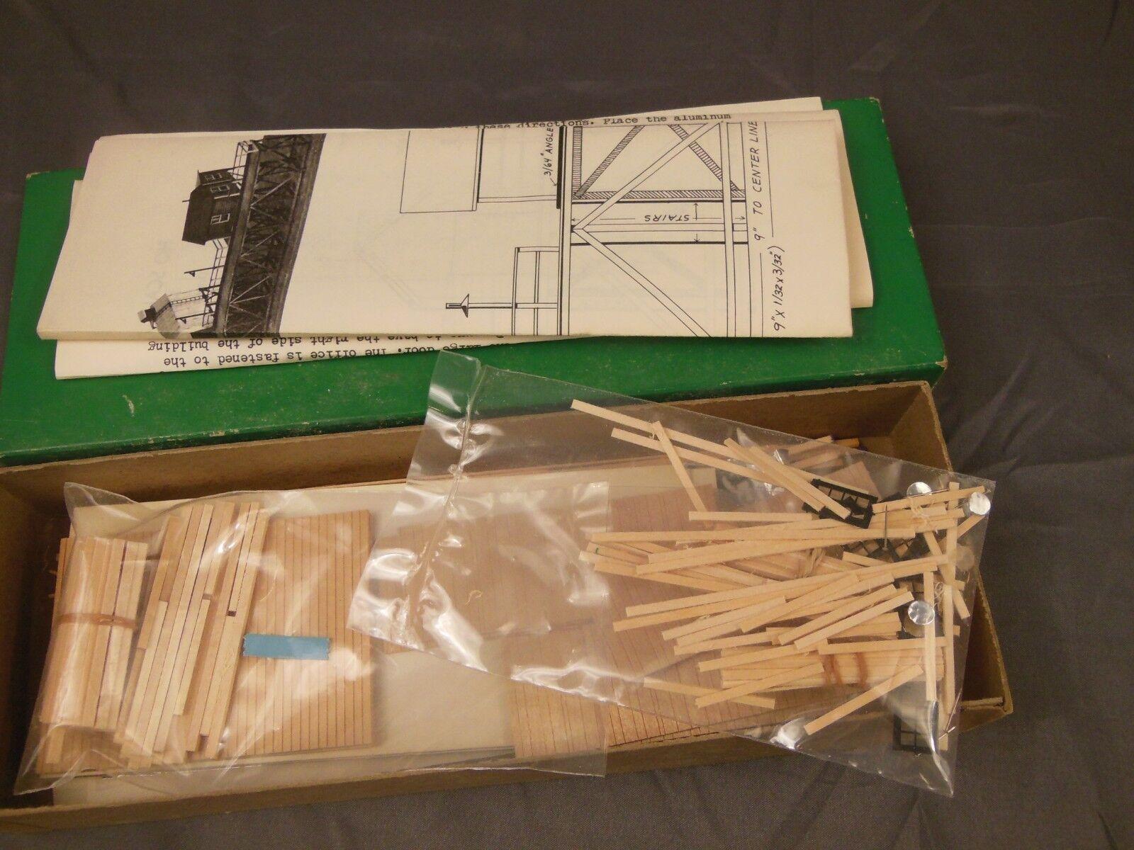 HO SCALE SUNCOAST MODELS 3020 ICING PLATFORM  18  LONG  CRAFTSMAN STRUCTURE KIT