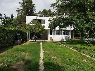 Quinta en Lomas de Lourdes con 2500 metros cuadrados con alberca y casa de 3 niveles