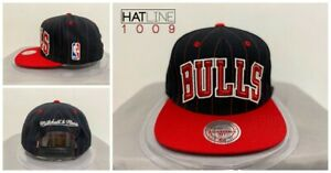 Mitchell-and-Ness-Chicago-Bulls-1996-COMMEMORATIVE-SNAPBACK-Black-Red-Hat