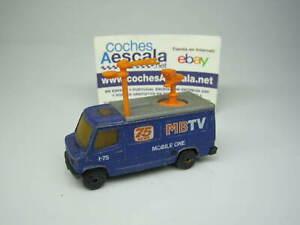 1-64-Matchbox-USADO-USED-REF-109-Mercedes-Benz-109-truck-news-1-73-cochesaescala
