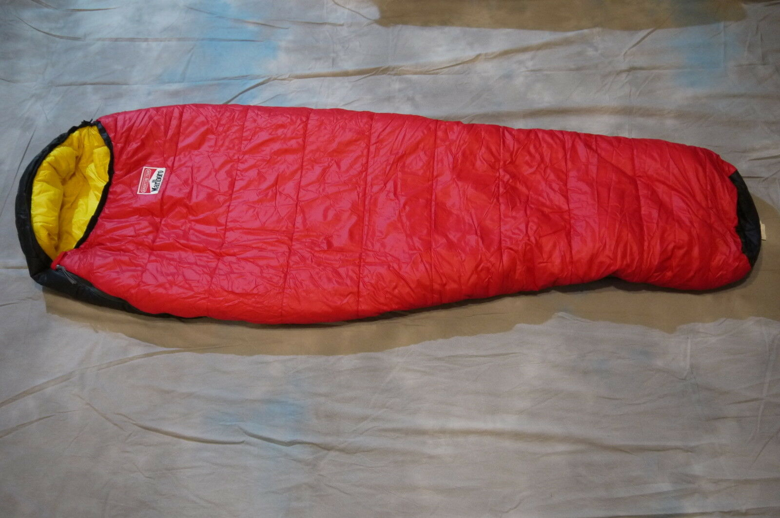 Marlbgold Adventure Team Sleeping Bag color Red   Yellow 82  x 31 1 2