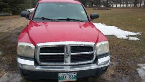 2005 Dodge Dakota SLT Crewcab RWD Fresh Safety 150km $4500 Firm