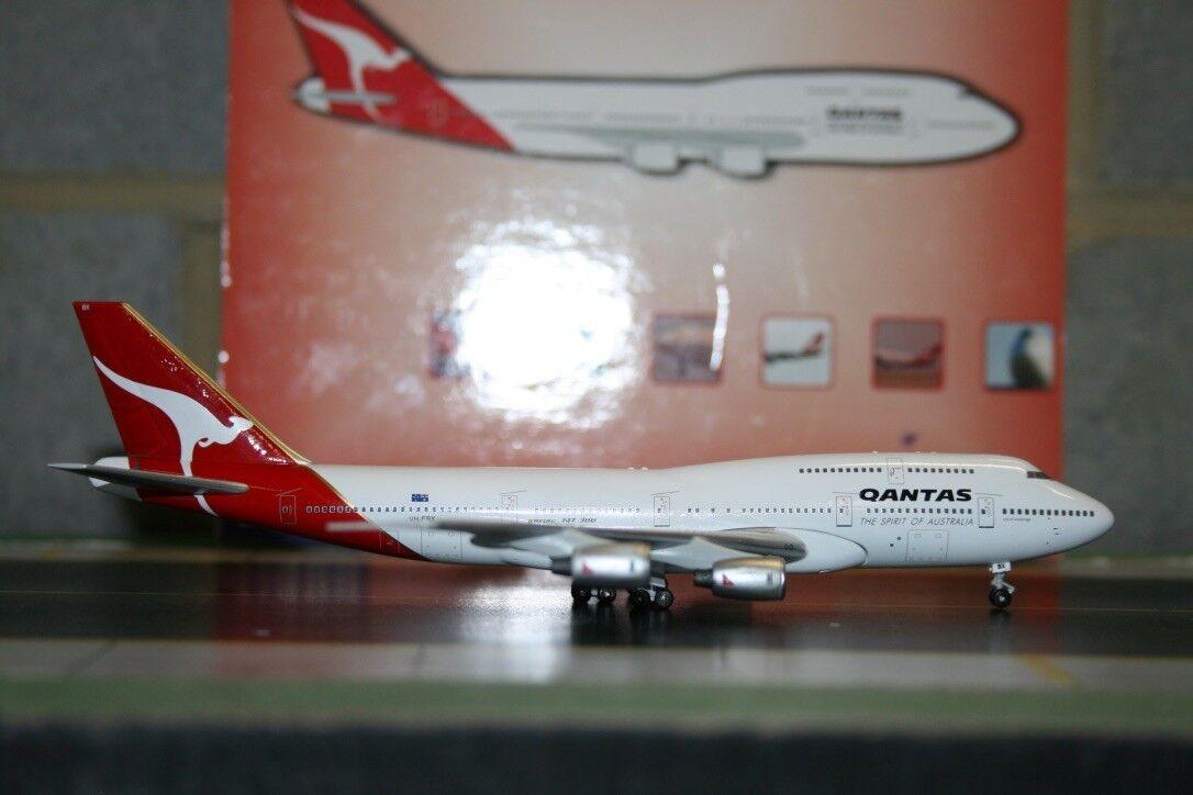 Caja azul BBOX 1 400 Qantas Boeing 747-300 VH-EBX fundición modelo de avión