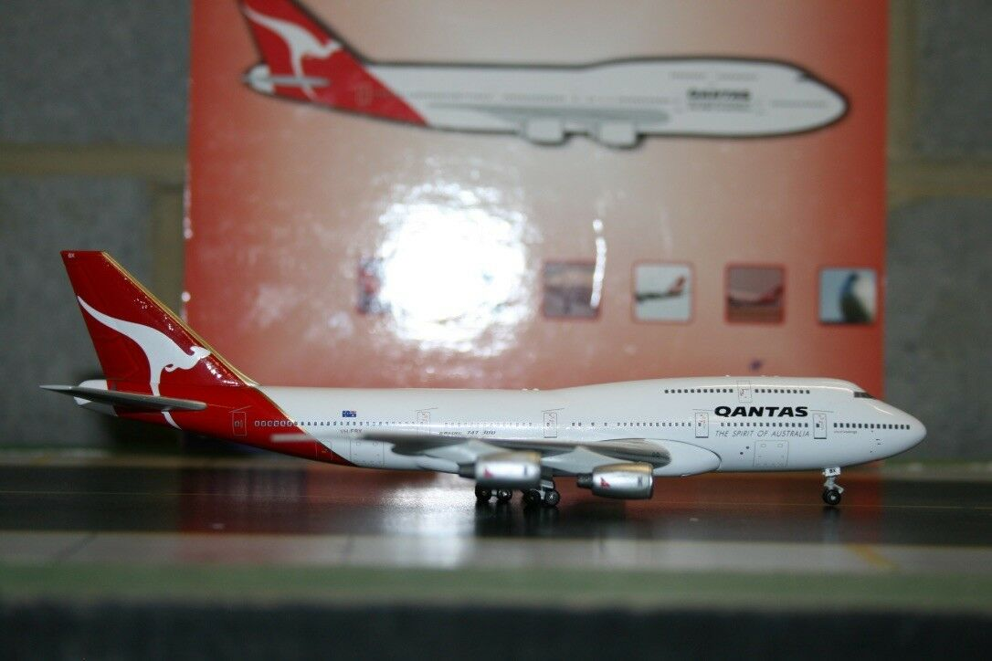 bleu Box BBOX 1 400 Qantas Boeing 747-300 VH-EBX Die-Cast Model Plane