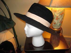 Very Stylish Vintage Fedora Hat ~ Dorian Safari ~ 7-1 8 ~ South ... e9acc441c21