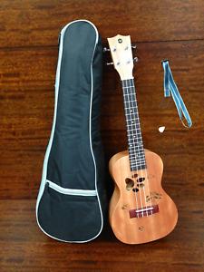 """Haze Concert Ukulele Mahogany 23"""" with Padded Bag Strap Pick Uk-23 AI Panda"""