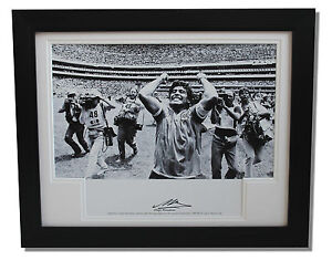 Framed-Diego-Maradona-Argentina-HAND-SIGNED-Autograph-Photo-Mount-COA-Proof