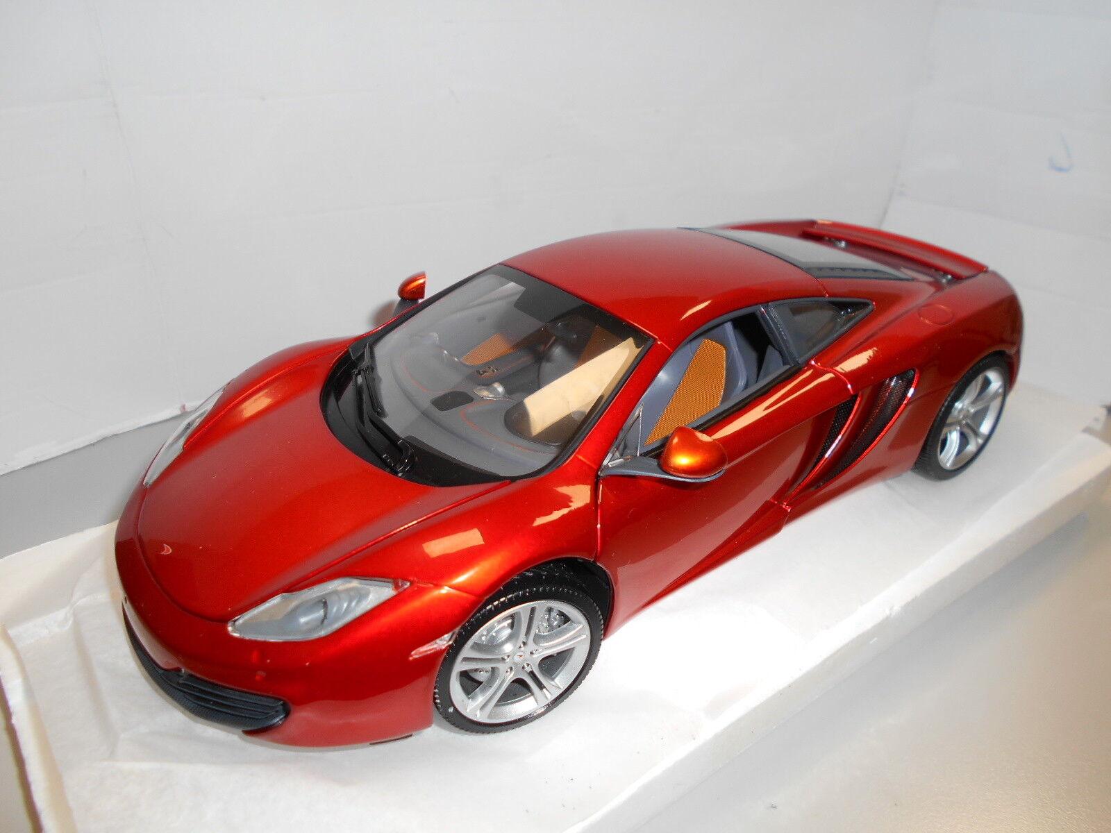 Min110133020 by Minichamps McLaren mp4-12c 2011 1 18