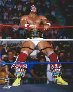 ULTIMATE-WARRIOR-WITH-BELT-WWE-LICENSED-WRESTLING-8-x-10-PHOTO-NEW-1108