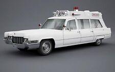 Matrix 1:43 1970 Cadillac Superior 51+ Ambulance, white
