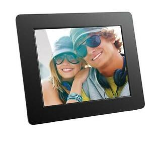 "Aluratek ADPF08SF 8"" Digital Photo Frame With Auto Slideshow Feature"