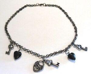 collier-vintage-pampilles-perles-couleur-jai-couleur-argent-vieilli-3854