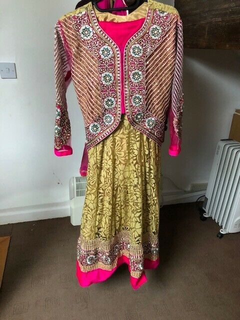 FREESIA & Gold Dress with Trouser and Dupatta