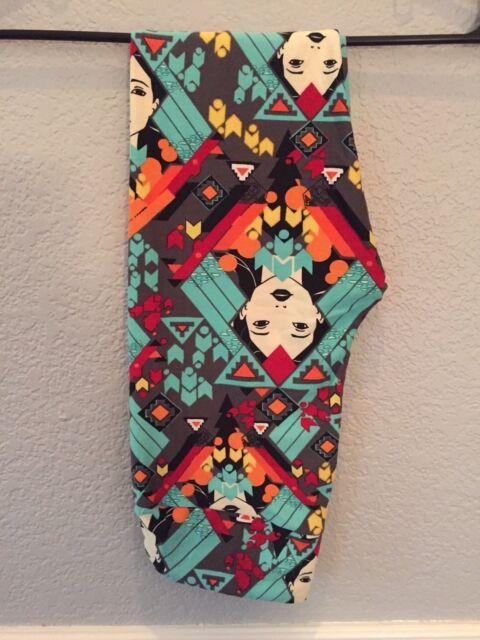 22c3da5434742e NWT LuLaRoe OS Disney Princess Pocahontas Leggings on a Grey Tribal  Background