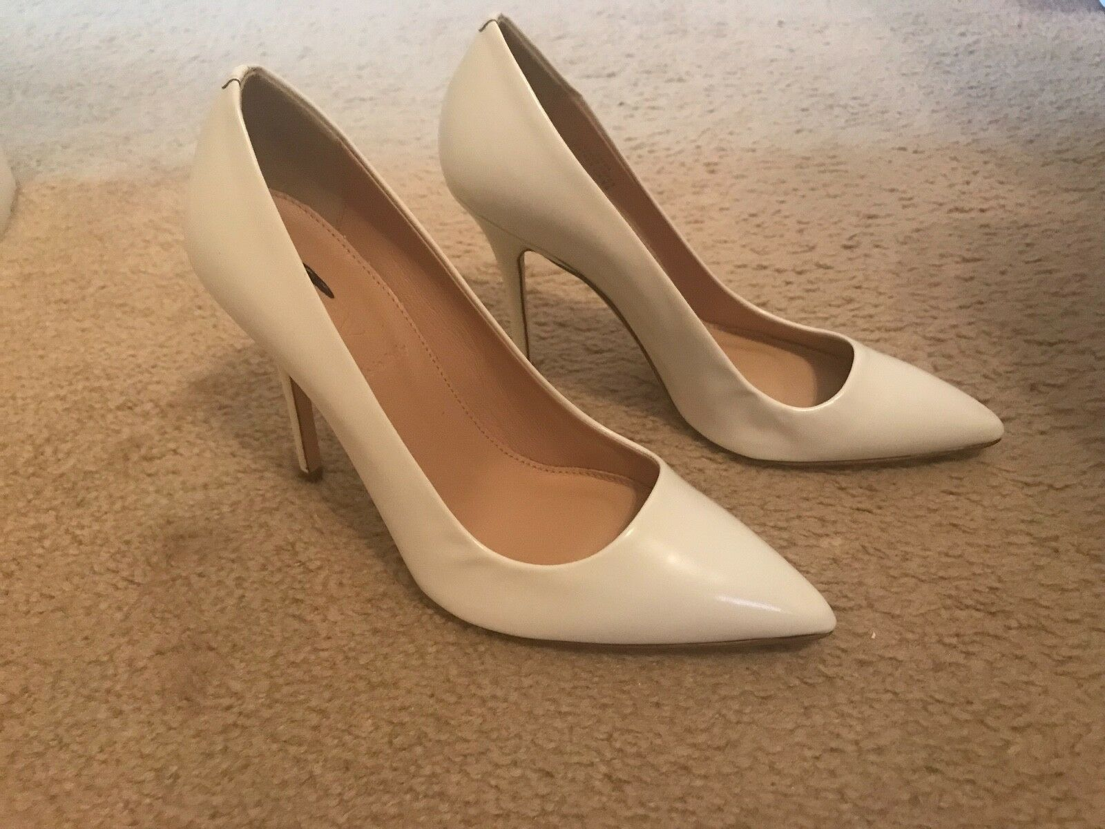 J.CREW ROXIE GLOSSY LEATHER PUMPS SIZE 6M WEISS B4124