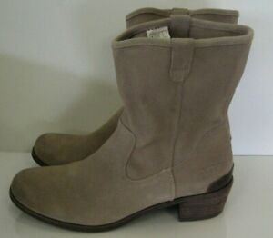 UGG-Australia-1009198-Briar-Womens-8-5-Short-Tan-Camel-Suede-Ankle-Western-Boots